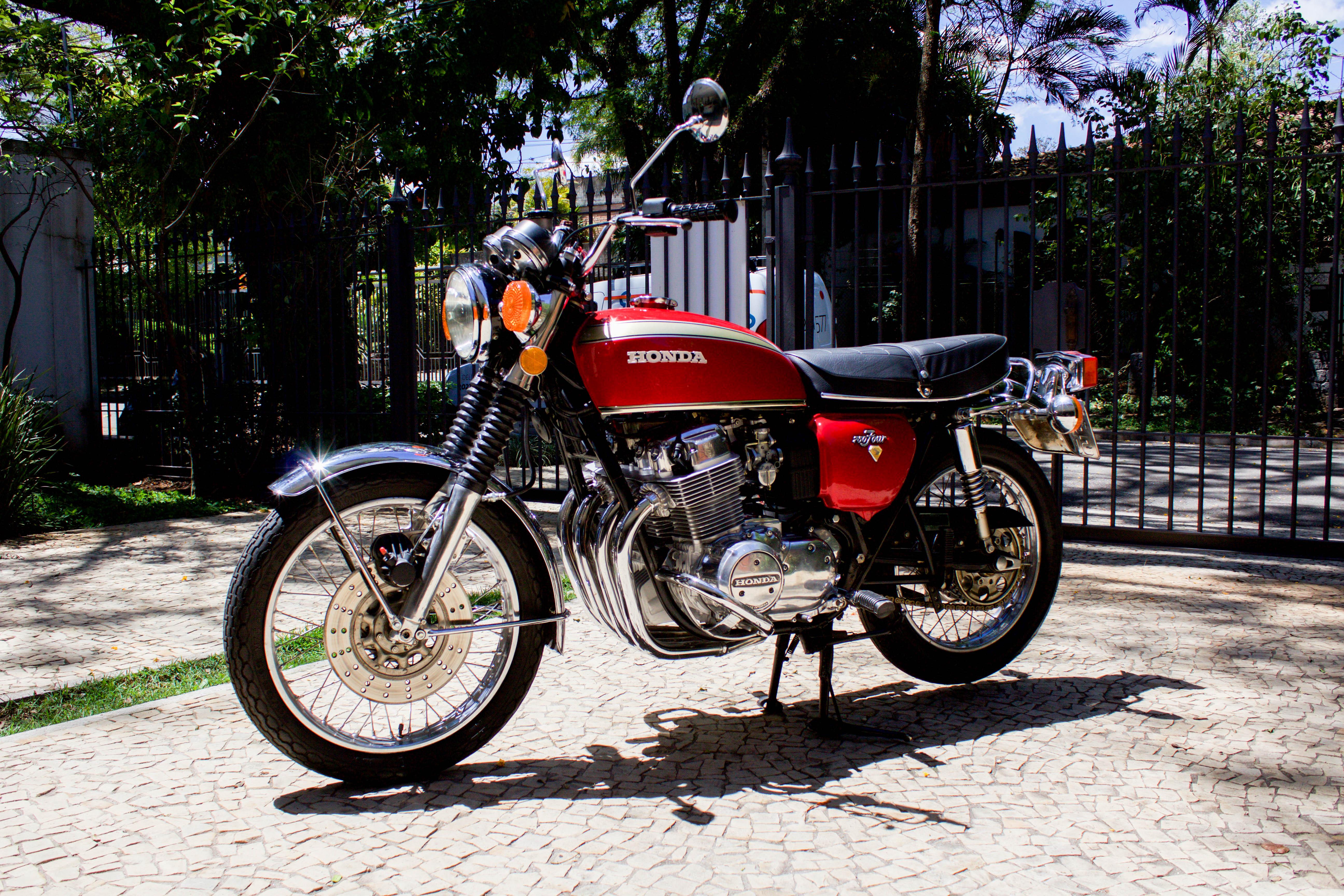 1973 Honda 750 four