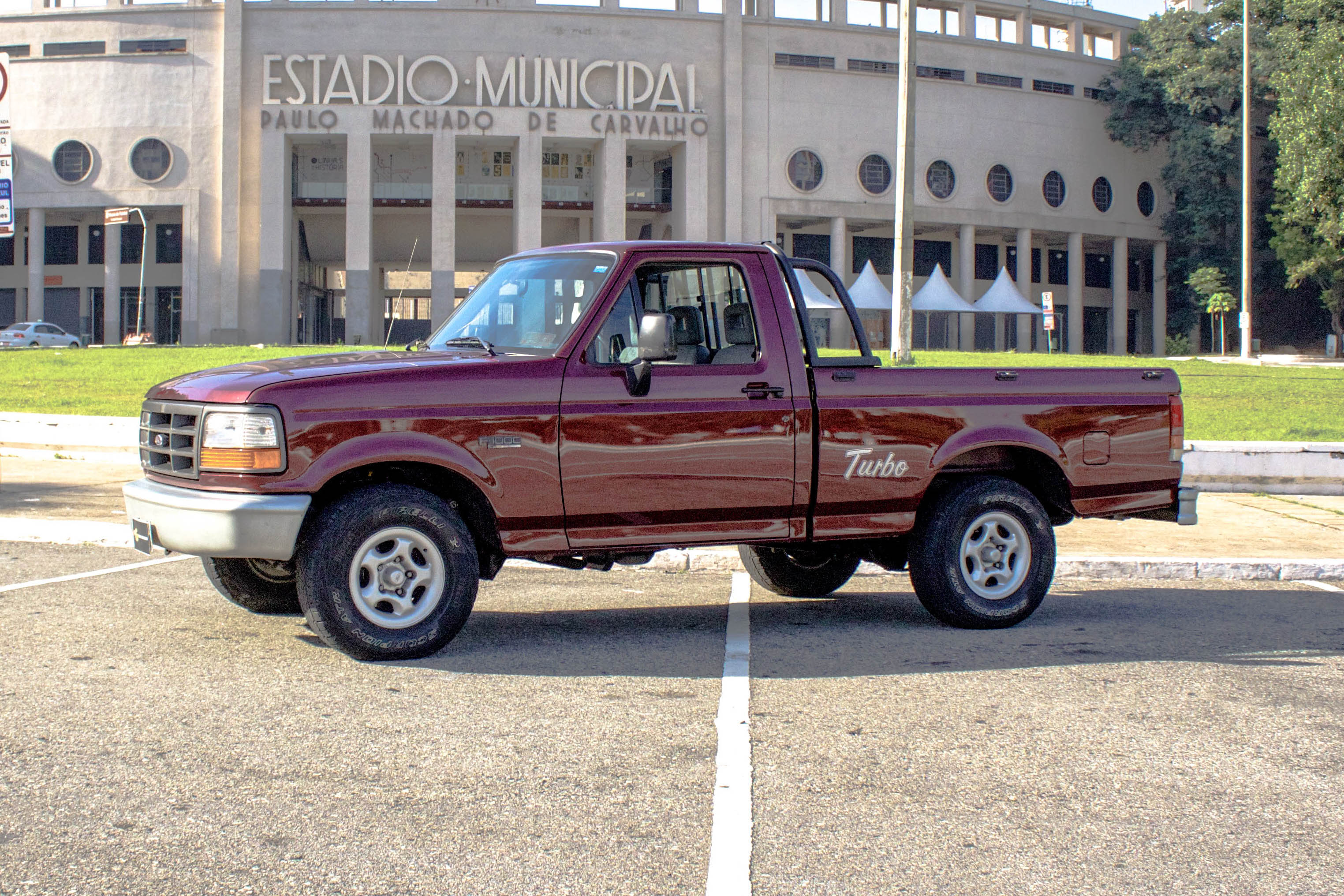 1998 Ford F1000 Turbo XL